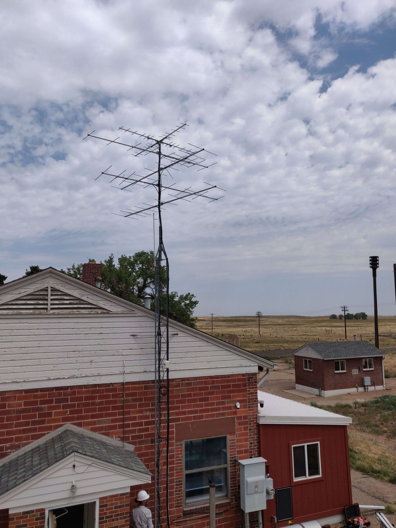 Photo of the Motus station at the Rocky Mountain Arsenal National Wildlife Refuge, northeast of Denver.